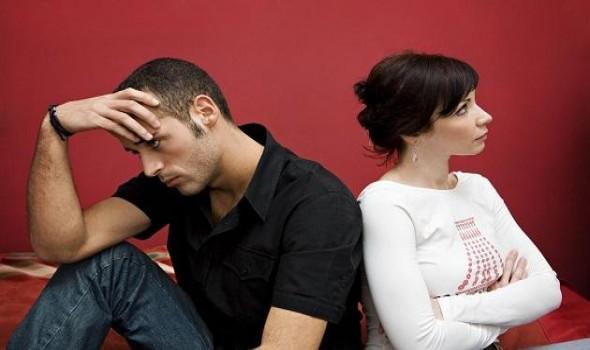 عمان اليوم - رسائل عتاب للزوج المهمل و حلّ المشاكل بين الزوجين