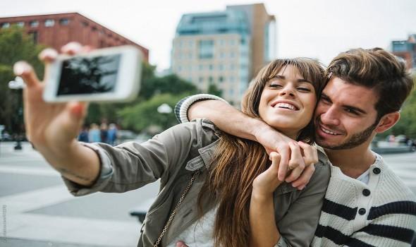 عمان اليوم - مواقع التواصل الإجتماعي تكشف أسرار السعادة الزوجية