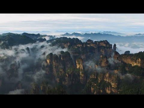 شاهد منتزه زانغجياجي مفخرة الصين ملاذ الباحثين عن الطبيعة الفريدة